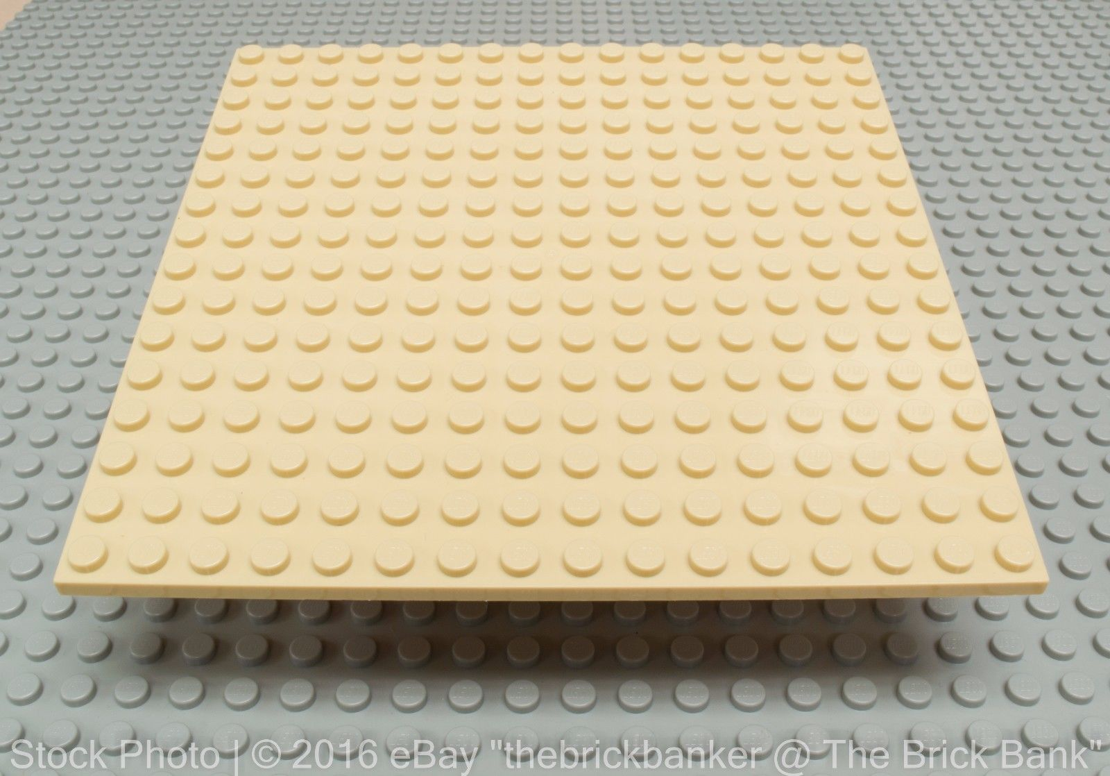 LEGO TAN FLAT PLATFORM BASE PLATE 16 X 16 STUD 5 BY 5 INCH