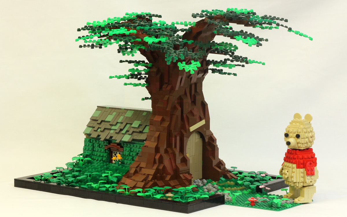 LEGO Winnie the Pooh House in the Hundred Acre Wood